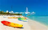 Title:Ocean beach boats travel tourism-Nature High Quality Wallpaper Views:1245
