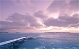 Title:Icy lake and violet sky-Landscape theme HD Wallpaper Views:1259