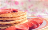 Title:Muffin strawberry honey-2016 High Quality Wallpaper Views:1247