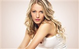 Title:blake lively blonde face-Beauty Photo HD Wallpaper Views:621