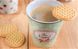 Title:Coffee cup cookies-2016 High Quality Wallpaper Views:1173