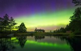 Title:Norway Northern lights reflected in a lake-Windows 10 HD Wallpapers Views:1319