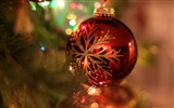 Title:Christmas bauble ball-Merry Christmas 2017 HD Wallpaper Views:1079