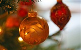 Title:Christmas tree baubles-Merry Christmas 2017 HD Wallpaper Views:840