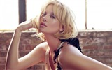 Title:Charlize Theron-Actress Model Photo Wallpaper  Views:928