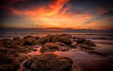 Title:Orange sunset on the rocky shore-Nature Scenery Wallpaper Views:306