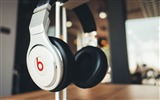 Title:Beats headphones logo style-High Quality HD Wallpaper Views:609