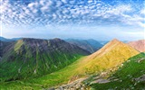 Title:Panoramic summit view-Nature HD Wallpaper Views:878