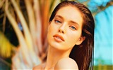 Title:Emily Didonato-Vintage Themed Wallpaper Views:414