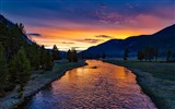 Title:Madison river yellowstone-2017 High Quality Wallpaper Views:936