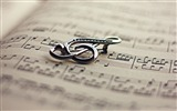 Title:Music logo-Vintage Themed Wallpaper Views:422