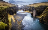Title:iceland canyon river-Scenery Photo HD Wallpaper Views:932