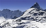 Title:Towering mountains travel Nature theme wallpaper 04 Views:73