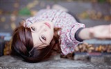 Title:Girl Autumn depth of field contact lenses-Model Photo Wallpaper Views:392