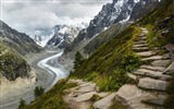 Title:Road Glace from the mountain Chamonix-2017 Bing Desktop Wallpaper Views:406