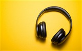 Title:Headphones yellow background-2017 High Quality Wallpapers Views:145