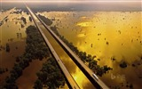 Title:Motorists on the Atchafalaya Basin Bridge in Louisiana-2017 Bing Desktop Wallpaper Views:76